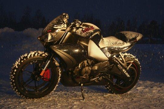 rekord-predkosci-na-motocyklu3