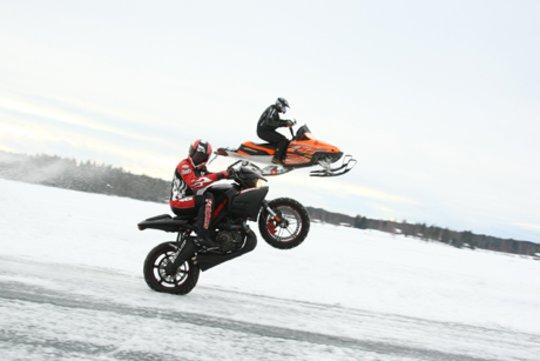 rekord-predkosci-na-motocyklu4