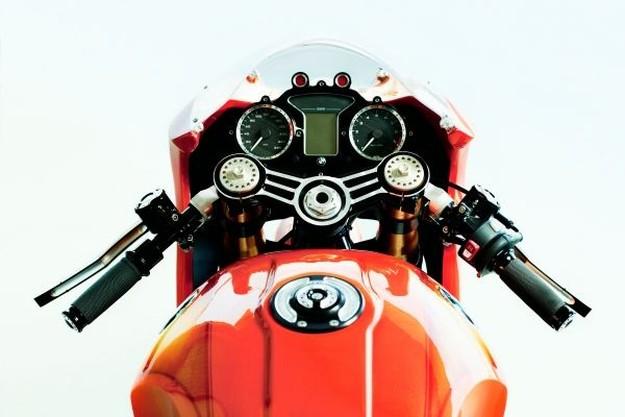 Nowy_motocykl_BMW_Hold_6152198