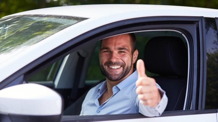 Zamień taksówkę na ekskluzywny samochód osobowy